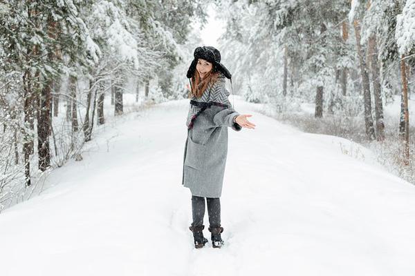ciepły płaszcz zimowy damski