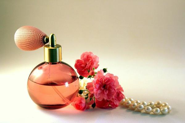 mocne lane perfumy francuskie